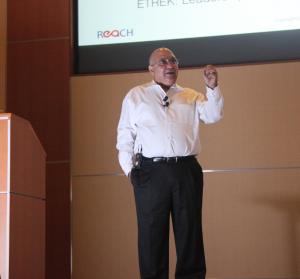 Sunit presents Contextual Leadership at August IEEE event.